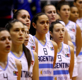 Argentinian_women's_basketball_team_in_Ecuador_2014